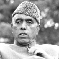 Party leaders offer tributes on Sheikh Abdullah's anniversary